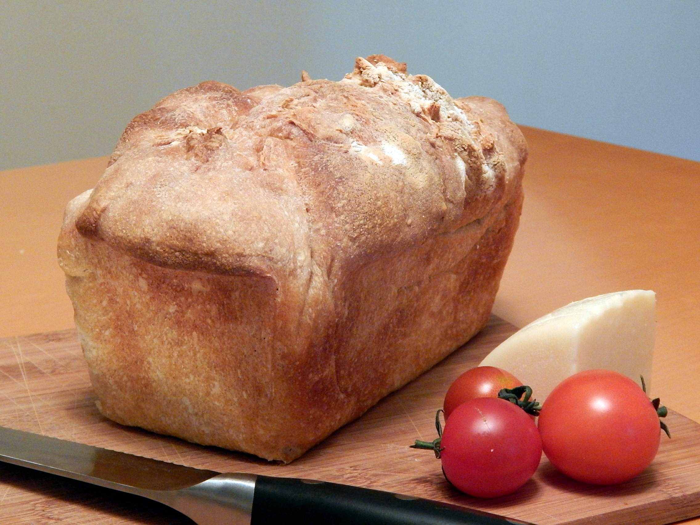 Loaf of white country-style French bread.