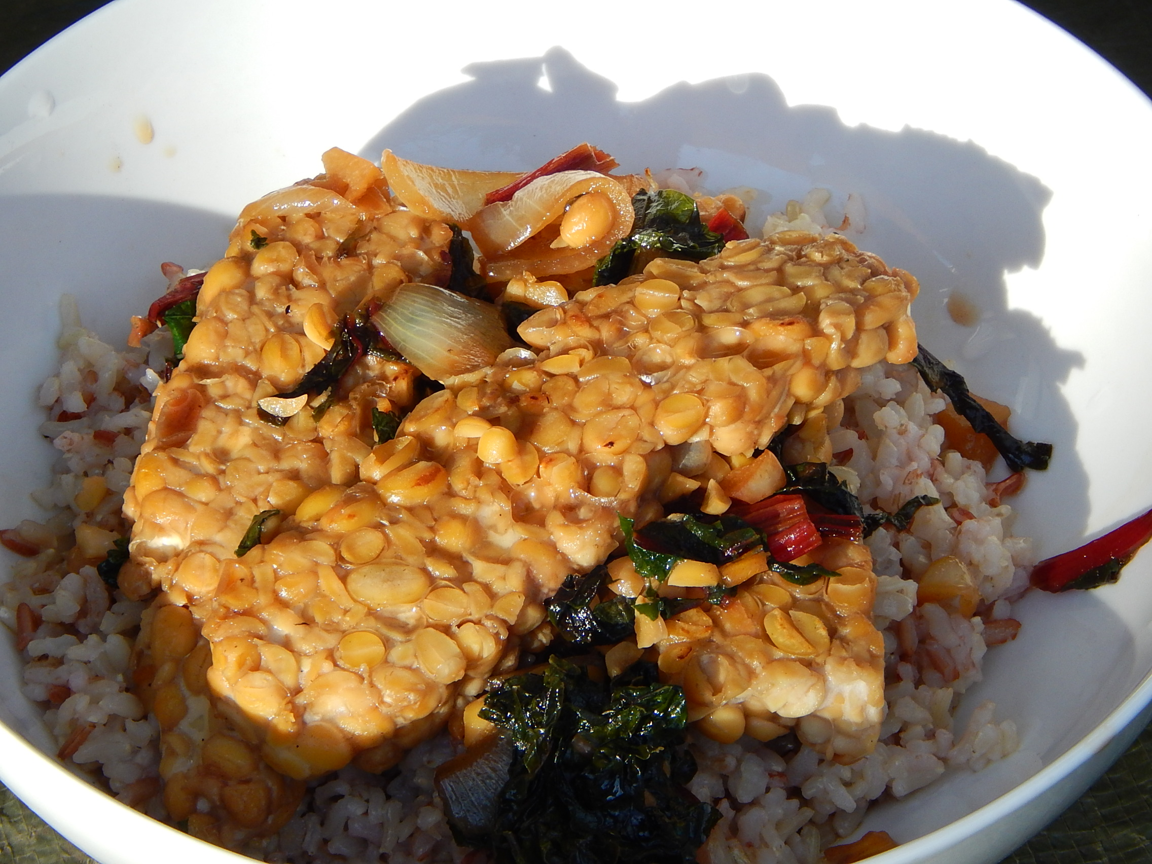 Delicious tempeh stirfry.