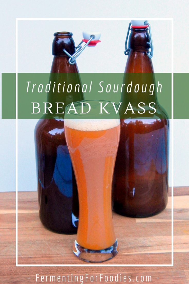 Dark rye bread kvass: a traditional form of beer, easy and simple