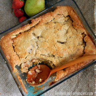Simple-sourdough-cobbler-gluten-free-vegan-made-with-sourdough-discard