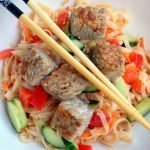 Quick and health tempeh noodle salad - gluten free and vegan