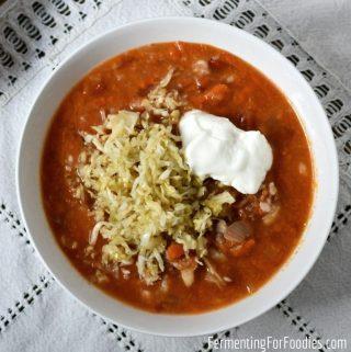 Gluten-free and probiotic sauerkraut soup