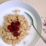 Soaked and fermented oatmeal is a healthy breakfast option