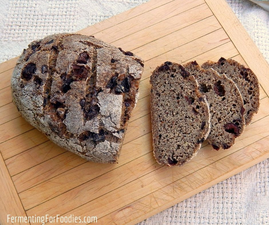 How to make a gluten-free and vegan sourdough bread that is full of flavour and fibre