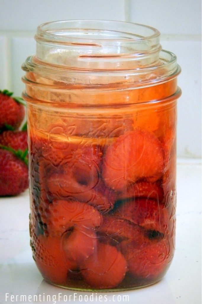 Simple fermented strawberries - the easiest way to preserve a large crop